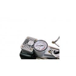 4CARS Dvojpiestový kompresor so svietidlom CE and ROHS